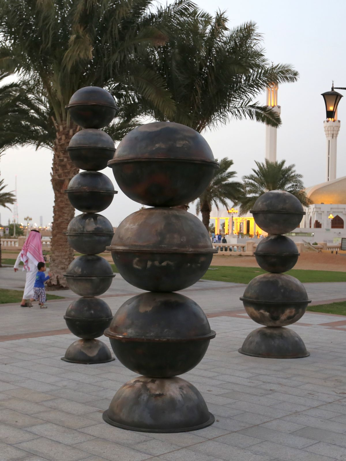 Sculptures of jeddah for Art cuisine jeddah